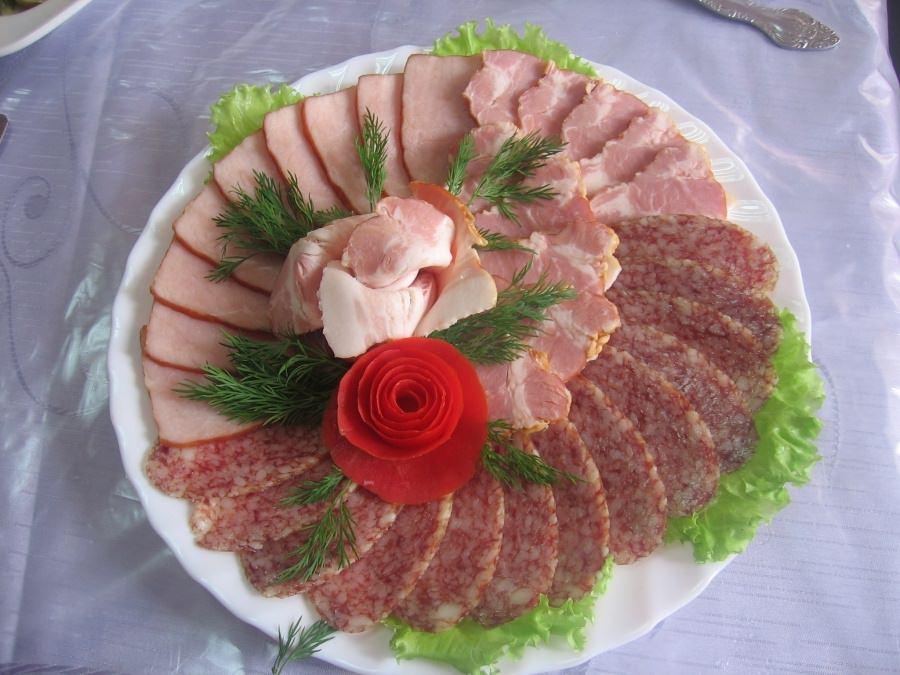 1. Мясное ассорти